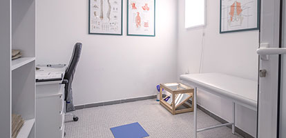 image of doctor's office